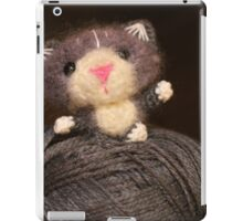Fuzzy Cat iPad Case/Skin