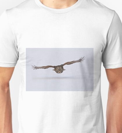 Great Gray Owl in Flight - Ottawa, Ontario Unisex T-Shirt