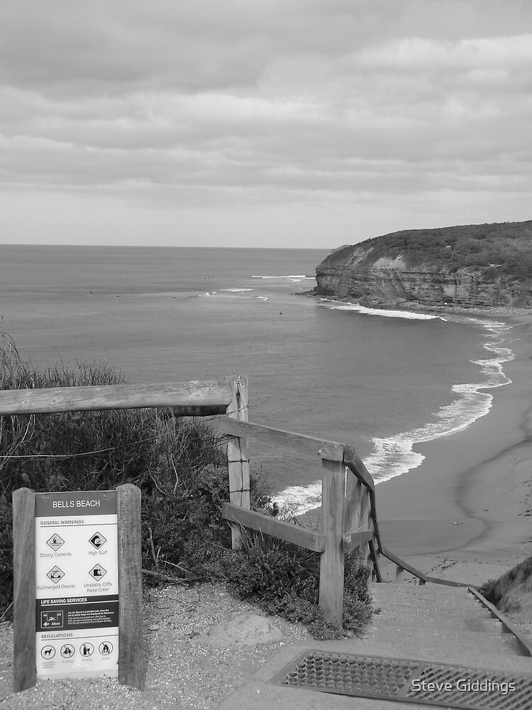Bells Beach by Steve Giddings