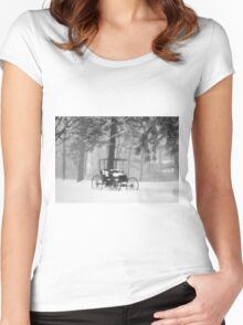 Classic Women's Fitted Scoop T-Shirt