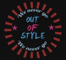 Taylor Swift - Style - 'We Never Go Out Of Style' Baby Tee