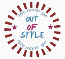 Taylor Swift - Style - 'We Never Go Out Of Style' Kids Tee