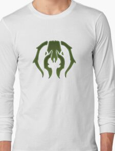 A Black Green Insect Long Sleeve T-Shirt