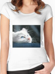 Blue-Eyed Kitten Drawing Women's Fitted Scoop T-Shirt