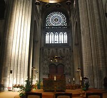 North Transept - Rouen by Peter Reid