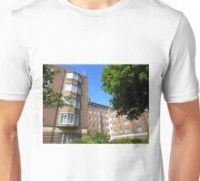 London Deco: Hamilton Court 3 Unisex T-Shirt