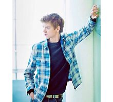 Thomas Brodie-Sangster 6 Photographic Print