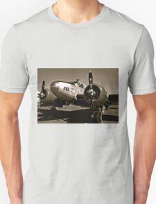So Noran Beauty 265 Vintage Aircraft T-Shirt