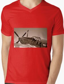 Tuskegee P-51 Mustange Vintage Fighter Plane Mens V-Neck T-Shirt