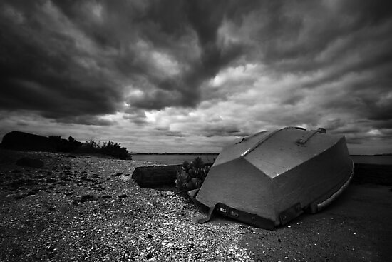 Lone Boat B&W - Avalon, Geelong by peterperfect
