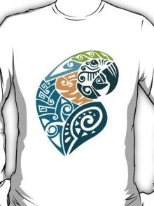 Blue and gold macaw tribal tattoo T-Shirt