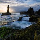 Surgy Dawn on Kiama Coast by Robert Mullner