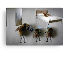 Bee sting Canvas Print