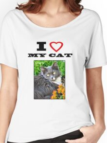 I LOVE MY CAT - Gracie Women's Relaxed Fit T-Shirt