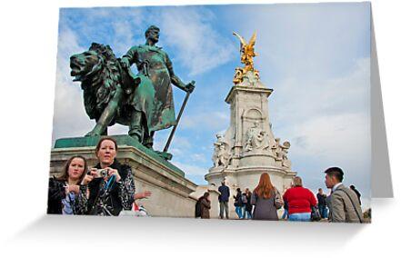 Queen Victoria Memorial: Buckingham Palace, London. UK. by DonDavisUK