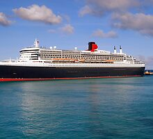 Queen Mary 2 by Sean Boyce