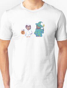Trick or Treating Halloween Cartoon Owls Unisex T-Shirt