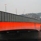 London bridge early morning. by Russell Bruce
