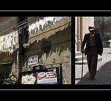 Via di Mezzo: un vecchio che cammina tutto solo... by Jessica  Schoepen