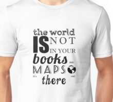 TOLKIEN / MAPS AND BOOKS TYPO Unisex T-Shirt