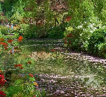 Lake in Butchart Gardens by AnnDixon