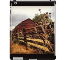 Weathered Fence Posts with Rustic Red Barn iPad Case/Skin