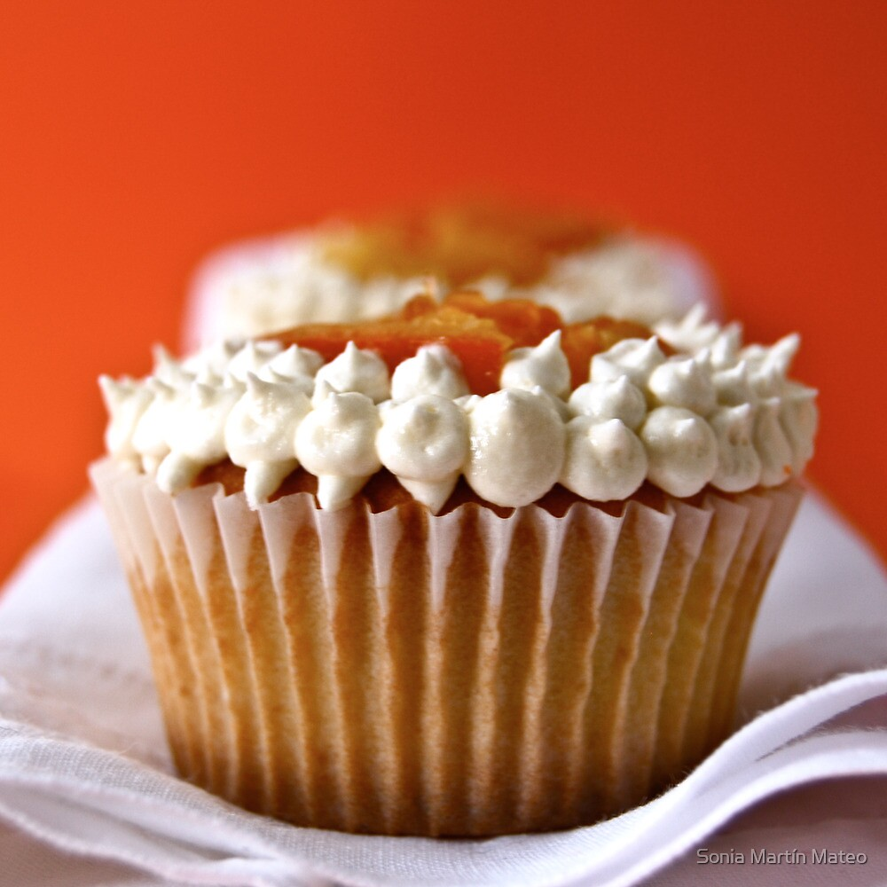 Orange Cupcake by Sonia Martín Mateo