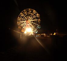 Ferris Wheel at Night by owuro