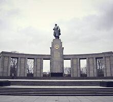 Soviet War Memorial (Tiergarten)  by Jesper Håkansson