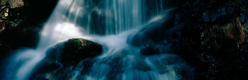 Blue waterfall by intensivelight