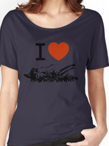 Dinosaur love Women's Relaxed Fit T-Shirt