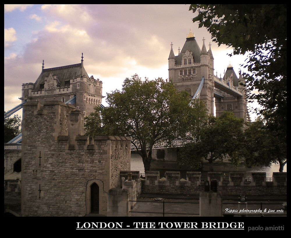 the tower bridge by paolo amiotti