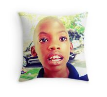 Light in the eyes Throw Pillow