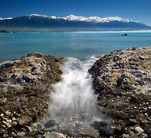 Kaikoura In by Michael Treloar