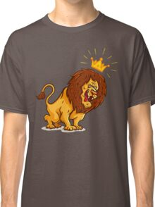 Angry lion  Classic T-Shirt