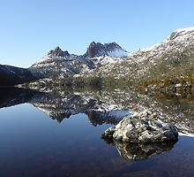 Cradle Mountain and Dove Lake by Paul Campbell  Photography