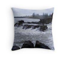 Big Swells - Yamba - NSW Throw Pillow