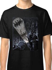 BAT SIGNAL Classic T-Shirt