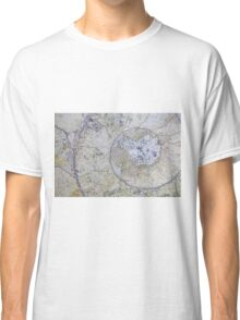 Section through an ammonite Classic T-Shirt