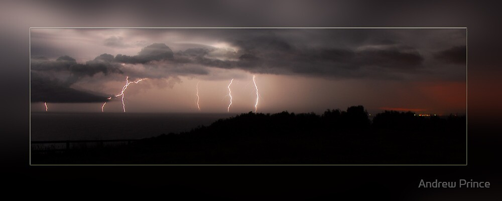 Crowdy Head Lightning show by Andrew Prince