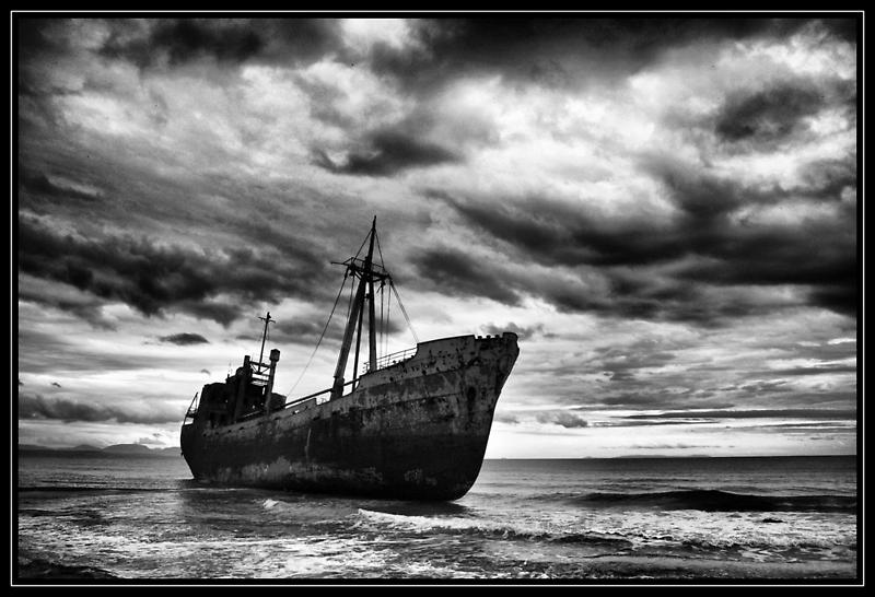 Endless Voyage - Shipwreck in Gytheio by tsiapas