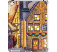 Here We Come A Caroling iPad Case/Skin