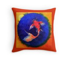 Fishes circle Throw Pillow