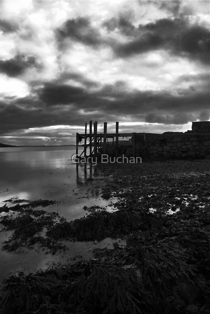 The Old Pier by Gary Buchan