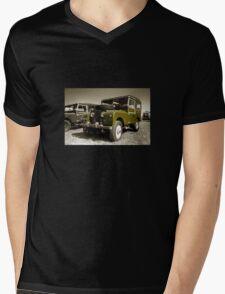 Landy S1 Mens V-Neck T-Shirt