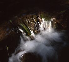 Cascade between shadow and light by intensivelight