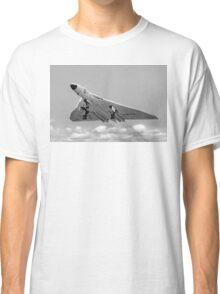 Avro Vulcan B.1 XA901 overshooting Classic T-Shirt