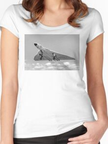 Avro Vulcan B.1 XA901 overshooting Women's Fitted Scoop T-Shirt