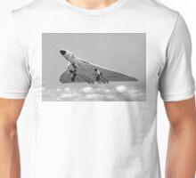 Avro Vulcan B.1 XA901 overshooting Unisex T-Shirt