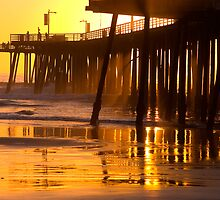 Pismo beach # 6 by Alain Robillard